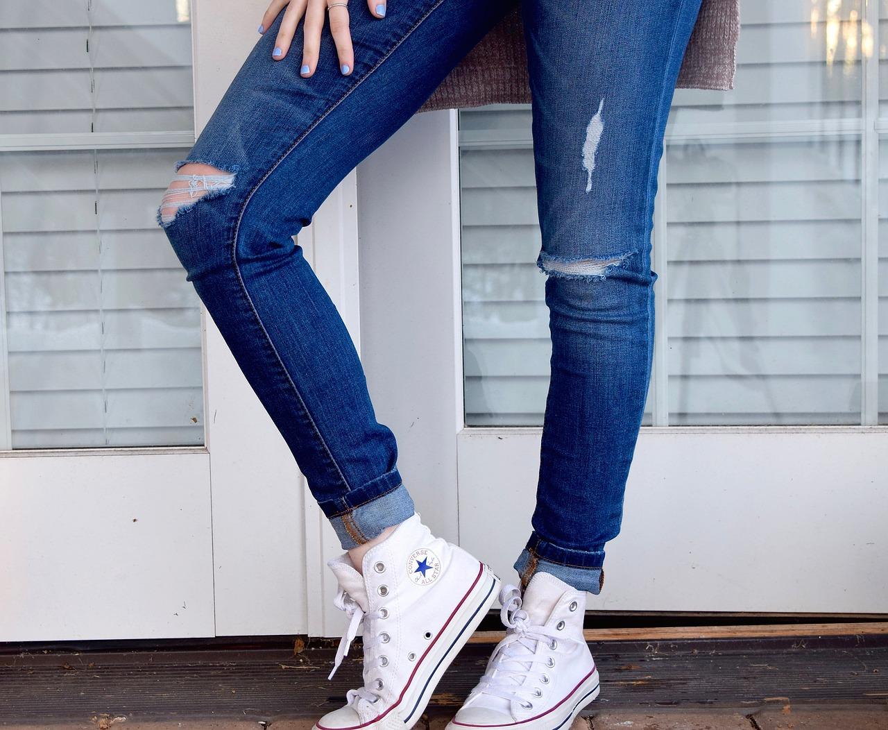 combinar jeans estilo informal